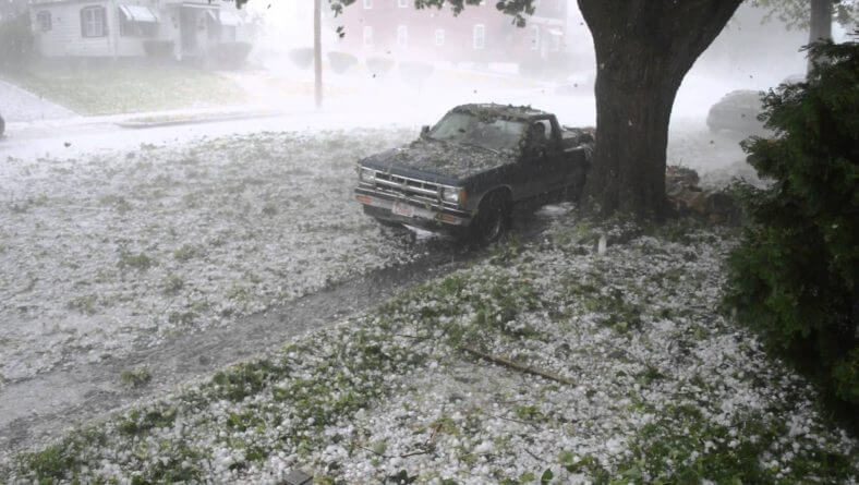 8 Things You Should Know Before Buying a Sioux Falls Hail Damaged Car