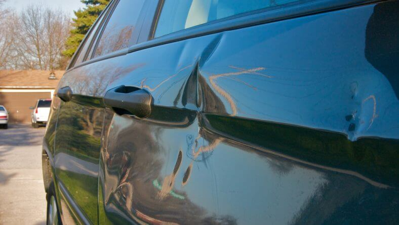 What Can Sioux Falls Paintless Repair Actually Fix?