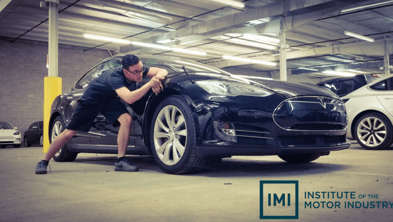 Electric Vehicles and Dent Repair